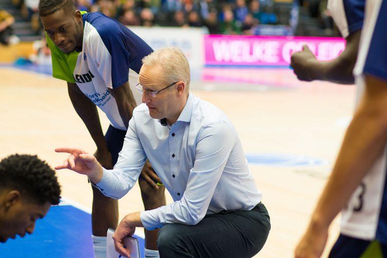 Coach Rolf Franke van ZZ Leiden.